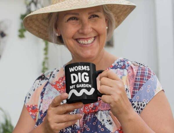 Worms Dig My Garden Black Coffee Mug Woman